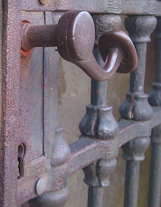 régi kilincs és zár